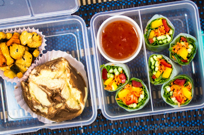 Indo_Bento_Vegetable_Rolls_Roti_Kukus